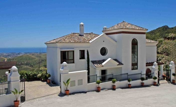 Brand new exclusive villas for sale in Benahavís